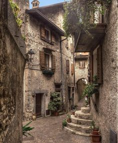 Tremosine Sul Garda, Italy Photo by Italian Courtyard, Places To Travel, Places To Go, Stone City, Garda Italy, Italian Village, Italian Lakes, Northern Italy, Travel Aesthetic
