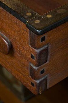 Detail, Greene & Greene