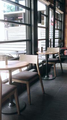 Starbucks, Graha Pena - Surabaya, Indonesia