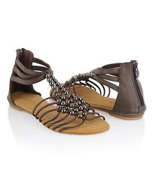 Here's the thing about pinning shoes.... You can never find them to buy :(