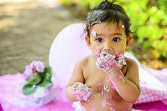 Smash the Cake da Alice Ensaio feito durante acompanhamento mensal infantil em Sumaré - SP