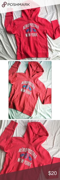 """Aero New York Hoodie Sweatshirt Pullover, front pockets no drawstrings or dipper.  Relaxed fit %60 cotton, %40 polyester approx: length 24.5"""" Aeropostale Tops Sweatshirts & Hoodies"""
