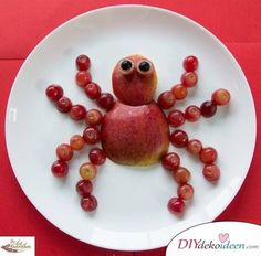 Sugar free snacks for kids apple spider kids lunch box ideas Cute Snacks, Fruit Snacks, Healthy Snacks For Kids, Cute Food, Good Food, Snacks Kids, Healthy Meals, Yummy Food, Healthy Recipes