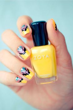 Tribal Nails Here is a very summery floral nail art design I have put together for you. I have done this pink and yellow flower nail art tutorial on my mom's shorter nails. Fancy Nails, Love Nails, Diy Nails, Gelish Nails, Jamberry Nails, Nail Nail, Nail Polishes, Trendy Nails, Beautiful Nail Art