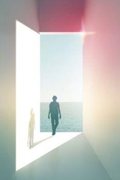 Opening in zee met witte muren waardoor licht komt