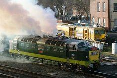 Trackside Classic: 1961 British Rail Class 55 'Deltic' Diesel Locomotive – A Distinctive Roar of Confidence on Britain's Rails Electric Locomotive, Diesel Locomotive, Steam Locomotive, E Electric, Electric Train, Best Wagons, Uk Rail, Holland, Steam Turbine