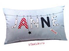 Baby Pillows, Patches, Cushions, Mugs, Sewing, Cases, Toss Pillows, Punto De Cruz, Dressmaking