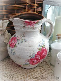 Decoupage changes the pitcher