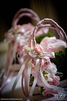 Flower girl flower and moss purse