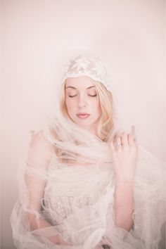 Vintage Wedding Veil Boudoir Shoot / Izzie Rae Photography