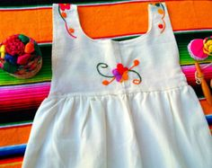 Esmeralda Mexican Embroidered Baby Dress por MexicanartDesigns Mexican Babies, One Year Birthday, Leggings, Ely, Baby Things, Baby Dress, Daisy, Girl Outfits, How To Make