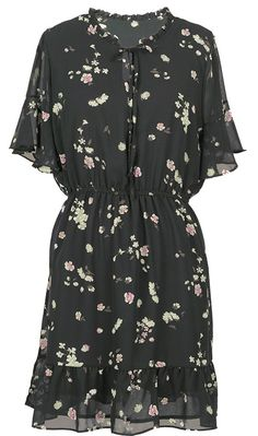 This lovely garment will be your wardrobe bestie all summer long. We know you want this floral dress and you're so worth it! Cupshe.com has exclusive pieces for you.