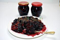 Gem de prune cu nuca Romanian Food, Romanian Recipes, Eat Pray Love, Artisan Food, I Foods, My Recipes, Acai Bowl, Good Food, Food And Drink