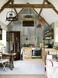Country Living Modern Rustic issue four &; on sale now Country Living Modern Rustic issue four &; on sale now Anja Schmidt Tiny house 226 pages of inspiring homes […] Homes For Sale country living Barn Living, Living Room, Pole Barn Homes, Pole Barns, Barn Style Homes, Rustic Barn Homes, Rustic Cabins, Earthship, Rustic Kitchen