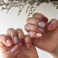 ♥️ Pinterest: DEBORAHPRAHA ♥️ I love this nail style, really wanna try it! #nail #art for fall/winter 2018