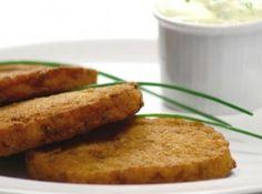 Receita de hambúrguer de Lentilha) - hambúrgueres de 200 g cada Leve os hambúrgueres ao refrigerador por 1 h. Numa frigideira de 16 cm de diâmetro, untada com 1 colher (sopa) de...
