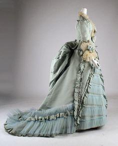 Light Blue Victorian Dress by Mibralegare 1872 dinner dress 1870s Fashion, Edwardian Fashion, Vintage Fashion, Steampunk Fashion, Gothic Fashion, Antique Clothing, Historical Clothing, Vintage Gowns, Vintage Outfits