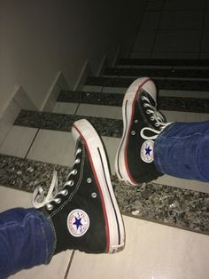 Imagem de all star, alternative, and indie 90s Shoes, Sock Shoes, Shoe Boots, Shoes Heels, Outfits With Converse, Converse Men, Converse All Star, Mcqueen, Dream Shoes