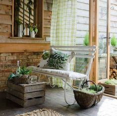 Front porch/small garden decoration idea
