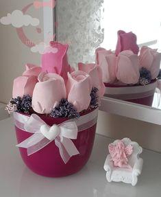 Sabonete de botão de rosa. Flower soap. R$3,20 a unidade. Entrega em mãos em São José dos Campos. (12) 98818-3534 lembrancinhas.maria@yahoo.com