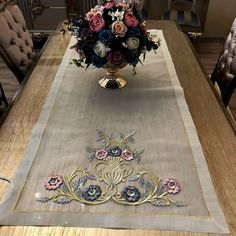 Types Of Embroidery, Vintage Embroidery, Machine Embroidery, Merry Christmas, Christmas Gifts, Coffee Table Cover, Luxury Bed Sheets, Rugs And Mats, Gold Work