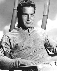 Paul Leonard Newman, conocido artísticamente como Paul Newman (Shaker Heights, Estados Unidos, 26 de enero de 1925 – Westport, Estados Unidos, 26 de septiembre de 2008) fue un actor, director y productor estadounidense, ganador de dos premios Óscar de la Academia de las Artes y las Ciencias Cinematográficas de Hollywood y un premio Globo de Oro de la Hollywood Foreign Press Association. Es uno de los grandes mitos masculinos de la historia del cine.