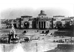 Puerta de Mar.