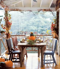 Fun Halloween & Fall Decorating Ideas_03