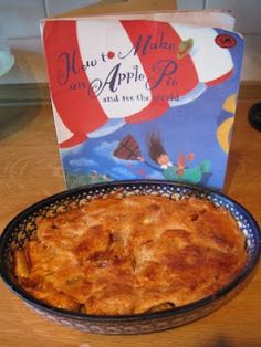 How to make an apple pie and see the world #unit study #lapbook #FIAR #BFIAR Five in a row