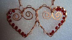 Uno lavoro mio,i cuori con dei perline rosse