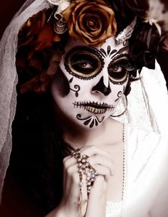 how to do sugar skull makeup, Sugar Skull Makeup for Halloween, sugar skull face paint, how to do day of the dead makeup , day of the dead makeup tutorial Hair Painting, Body Painting, Painting Flowers, Maquillaje Sugar Skull, Sugar Skull Art, Sugar Skulls, Dead Makeup, Face Makeup, Candy Skulls