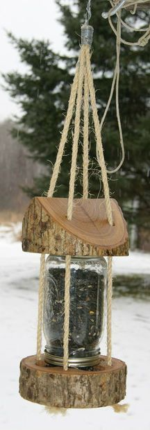 bird house feeder Mason Jar Log Bird Feeder: 9 Steps (with Pictures) Outdoor Projects, Garden Projects, Wood Projects, Projects To Try, Garden Ideas, Mason Jars, Mason Jar Crafts, Woodworking Plans, Woodworking Projects