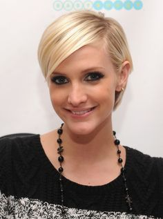 Bob and Pixie Cute Short Hairstyles for Thin Hair
