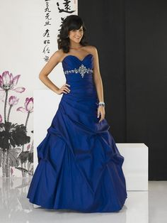 want this to be my prom dress <3