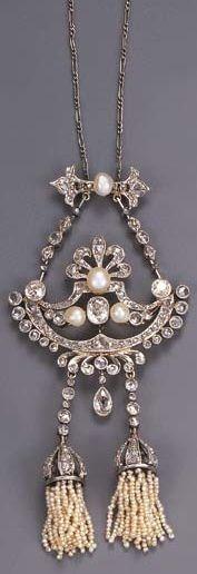 Belle Epoque pearl and diamond pendant necklace, circa 1910. Via Bonhams.