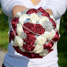 6 Styles Crystal Wedding Bouquet  Satin https://www.gattachiqimportados.com/products/6-styles-crystal-burgundy-wedding-bouquet-de-mariee-satin-wedding-flowers-bridal-bouquets-gorgeous-bouquet-de-noiva-fe30