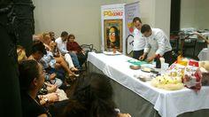 """""""Cocinando con clase"""", evento incluido en el festival gastronómico """"Aragón con Gusto"""", a cargo de los cocineros Rubén Pertusa y Diego Barbero, del restaurante Paraninfo Trufé.  http://www.patatasgomez.com/un-puro-con-ceniza-de-patatas-una-colorida-maceta-derramada-y-huevos-fritos-de-postre-en-cocinando-con-clase/"""