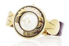 Mücevherli Saatin Tasarımla Birleşen Markası: FREYWILLE  FREYWILLE sanatçılarının tasarladığı mücevherli benzersiz saatler, zamana değer katıyor