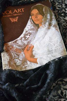 Antigüedades: ELEGANTE MANTILLA - CHAL ESPAÑOL NEGRO - ENCAJE CHANTILLY Y SEDA - 1920 (SIN USO - EN CAJA ORIGINAL) - Foto 8 - 52159018