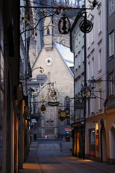 "'Salzburg Town Centre' (photo by Jason Ho) Original date: Jan 17, 2009 ~ ""Austria in January (Winter). My hands were shaking due to the cold (-2 degrees C), so i had to fine a wall to lean my hands against..."" [My son Christopher turned 30 yrs old that day]"