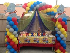 Dumbo party theme