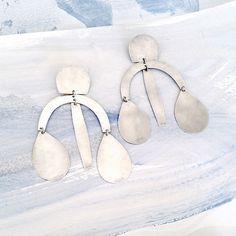 Image of Arc Drop Chandelier Earrings - Silver