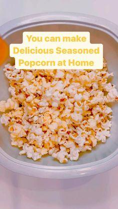 Homemade Popcorn Recipes, Snack Mix Recipes, Flavored Popcorn, Sweet Popcorn Recipes, Cooking Recipes, Meal Recipes, Cooking Popcorn, Popcorn Snacks, Vegan