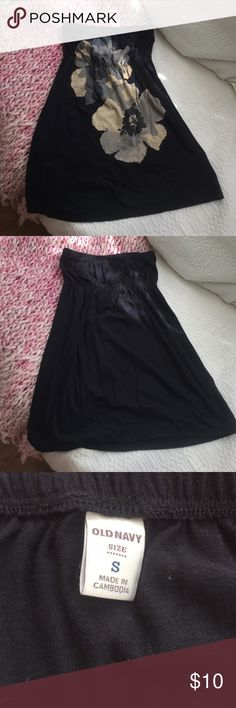 Strapless dress or great beach coverup Black strapless dress with tan and gray flower on the front. Would also be a great beach coverup! Old Navy Dresses Strapless