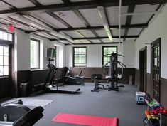 Excercise Room Paramount is offering members a lavishly equipped fitness center. Members can find a variety of equipment for every workout level, including treadmills, elliptical trainers, recumbent and upright bikes, free-weight equipment, and a variety of strength equipment.