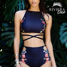 "143 Me gusta, 23 comentarios -  Riviera Coco  (@rivieracoco) en Instagram: "" This #Bikini Is Being A Sentation This #Summer ⛱ #Hot #Style Buy #Papeete At #RivieraCoco…"""