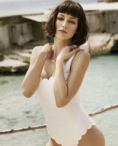 pebaicons — ursula corbero lockscreens like if you save Spanish Actress, Models, Photoshoot Inspiration, Looks Style, Pretty Face, Malta, Photography Poses, Actors & Actresses, Beautiful People