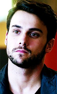 connor-walsh-jack-falahee-gay-how-to-get-away-with-murder
