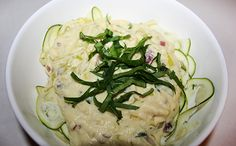 This is a vegan take on an alfredo pasta! It still has the rich creamy cheesy texture of a typical alfredo with the nice delicate taste, but half the calories and loaded with plant-based nutrients. This thick creamy sauce can be added to any pasta of your choice although I made this with zucchini pasta to further increase your vegetable intake while making it a light meal. ENJOY!