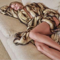 V Magazine Winter 2017 Anna Ewers by Mario Sorrenti